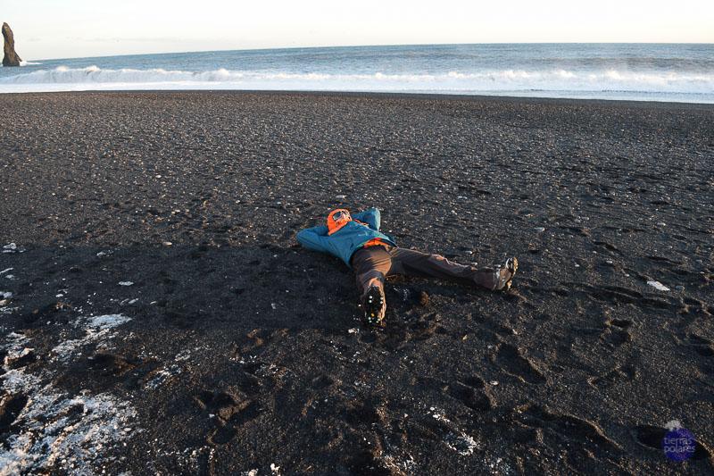Viaje donde fue tomada la foto Islandia Breve descripción personal de la foto tomando un poco de sol después de la tormenta Categoría de la foto en la que participa 2.- Foto más divertida