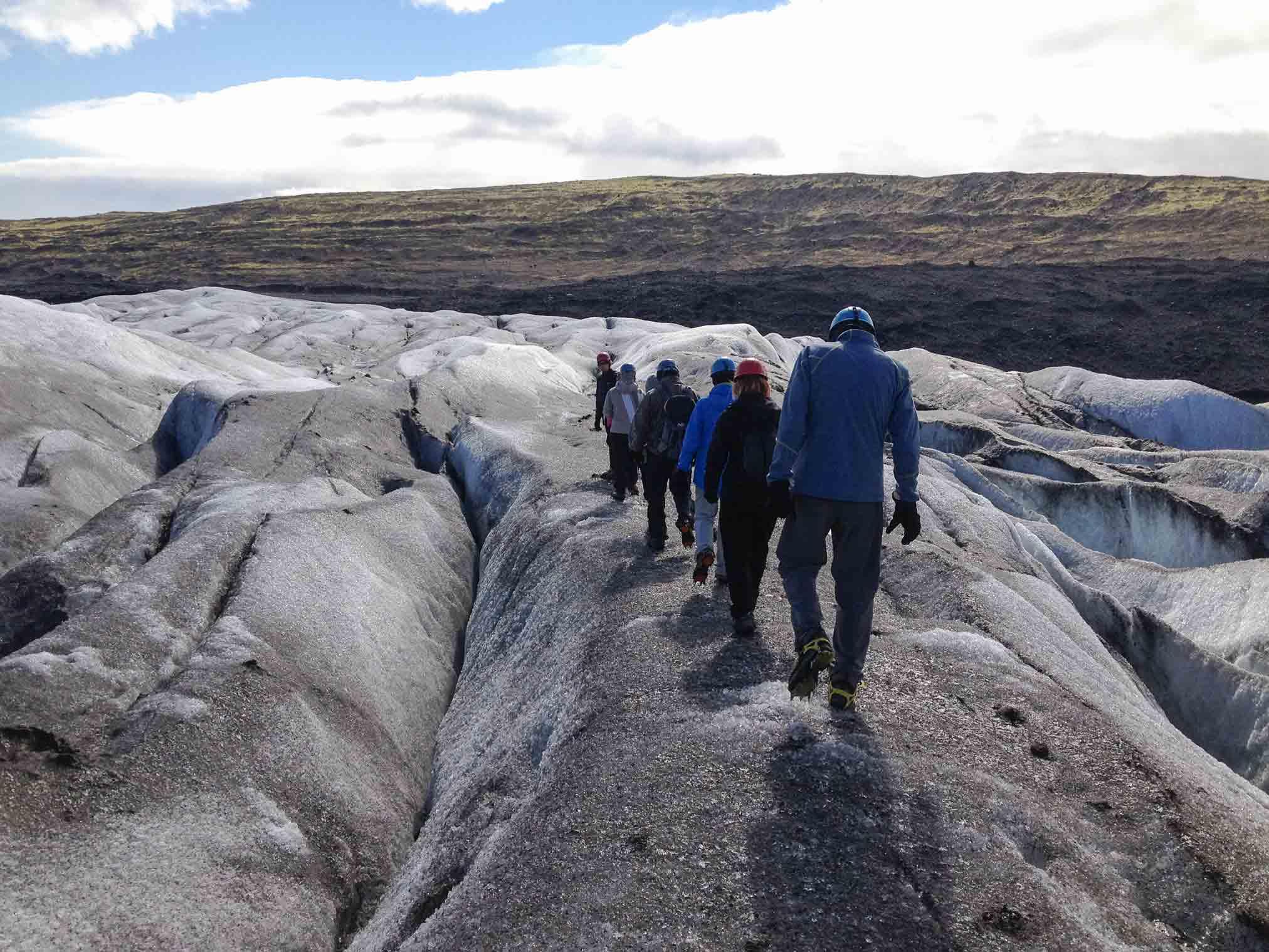 Excursión con crampones por el Vatnajökull. Gran día con un tiempo precioso para descubrir la inmensidad de este glaciar. Categoría: Foto con más espíritu de exploración